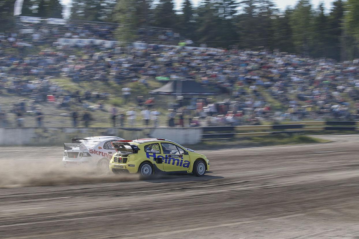 Rallycross SM Strängnäs 2015-06-11 Foto Tony Welam Lukas Walfridson slutade på en tredjeplats i SM deltävligne i Strängnäs